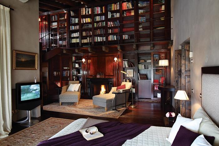 Aluguel casa de luxoGirona Villa 01